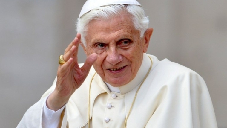 Joyeux anniversaire, Benoît XVI!